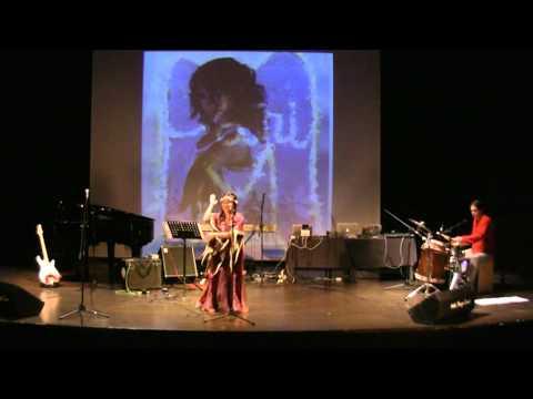 LA PATRI MESTIZA en concierto auditorio Joaquin rodrigo . CC Eduardo Urculo Videos De Viajes