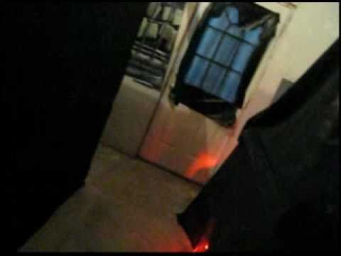 Homemade haunted house youtube for Homemade haunted house effects
