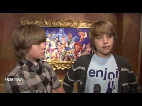Dylan & Cole Sprouse (2009) - YouTube
