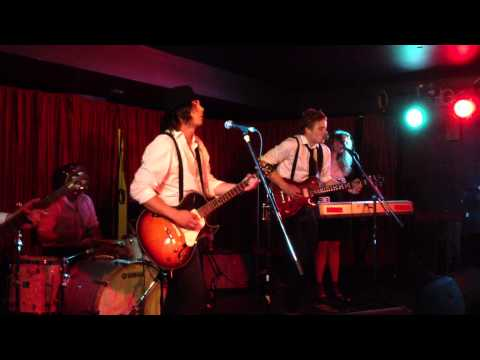 25 Minutes To Go (johnny cash cover) - Head of the Herd - (Live at The Casbah)