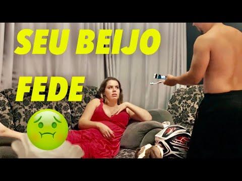 Download TROLLEI MINHA NAMORADA LIMPANDO O BEIJO DELA!!!!