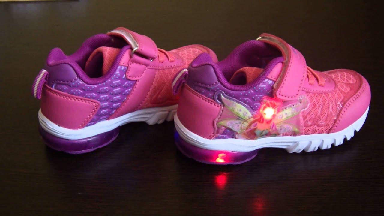 детские светящиеся кроссовки. фото