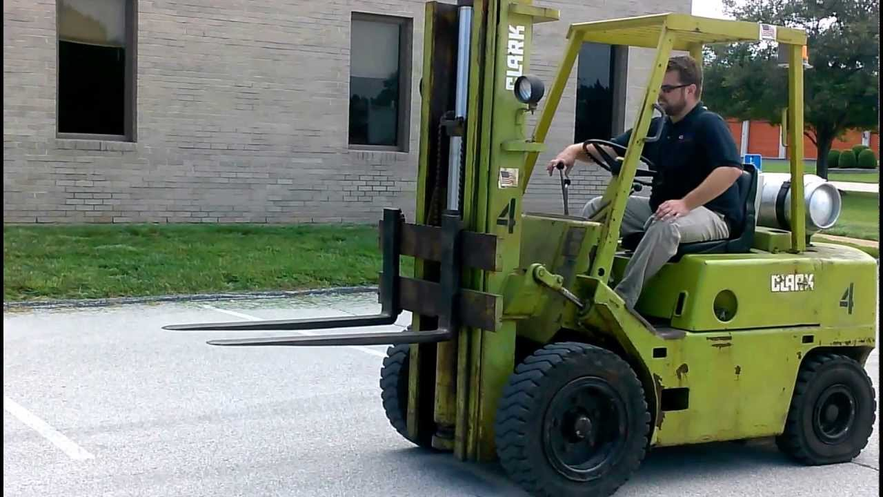 Clark C500 Ys60 Pneumatic Forklift Bargain Forklift St Louis Youtube