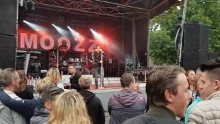 Joey Hartkamp - Jij Liet Mij Vallen *LIVE @ Huissensedag*