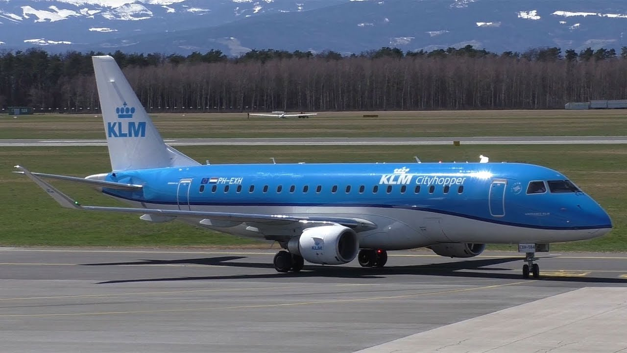 KLM Cityhopper Embraer 175 landing at Graz Airport | PH-EXH