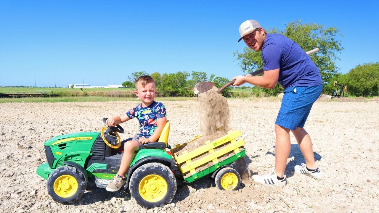 Playing in the dirt with tractors | Toy and real tractors on the farm for kids