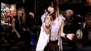 http://www.universal-music.co.jp/shibasaki/