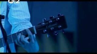 RADIOHEAD - paranoid android (live 2003)