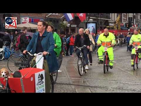 Amsterdam Protest To Make The Cycle Paths Scooter Free