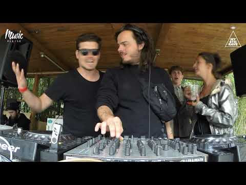 Oliver Torr | Music Please
