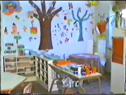 Aula preescolar youtube for Decoracion salas jardin de infantes