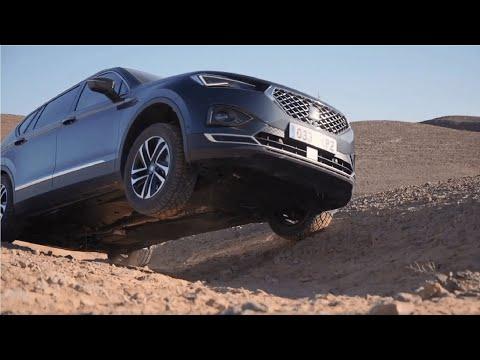 SEAT Tarraco im Offroad-Check: Kann der SUV dem Dromedar in der Wüste das Wasser reichen?