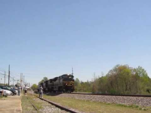 My first ns heritage unit ns 1068 erie leading ns 168 for Morocco motors erie pa
