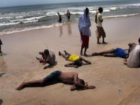 50 Ethiopian and Somali refugees killed after smugglers throw them off boat near Yemen
