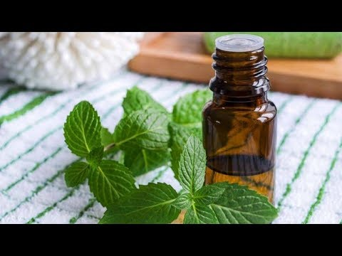 5 Soothing Essential Oils To Rub On Your Sciatic Nerve For Instant Pain Relief
