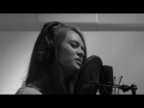 Gregory Porter - Water Under Bridges (cover by Frederieke Kroone & Max Anglionin)
