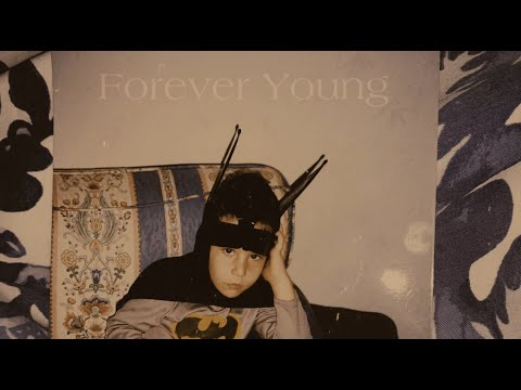 Nick De La Hoyde - Forever Young - (Official Video)