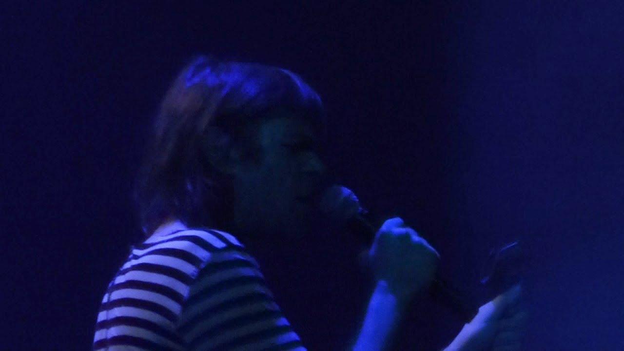 Ariel Pink - Feels Like Heaven [Live at ...