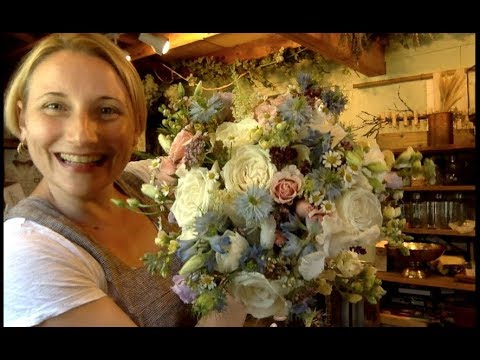 Bridal bouquet tutorial by Alison Ellis thumbnail