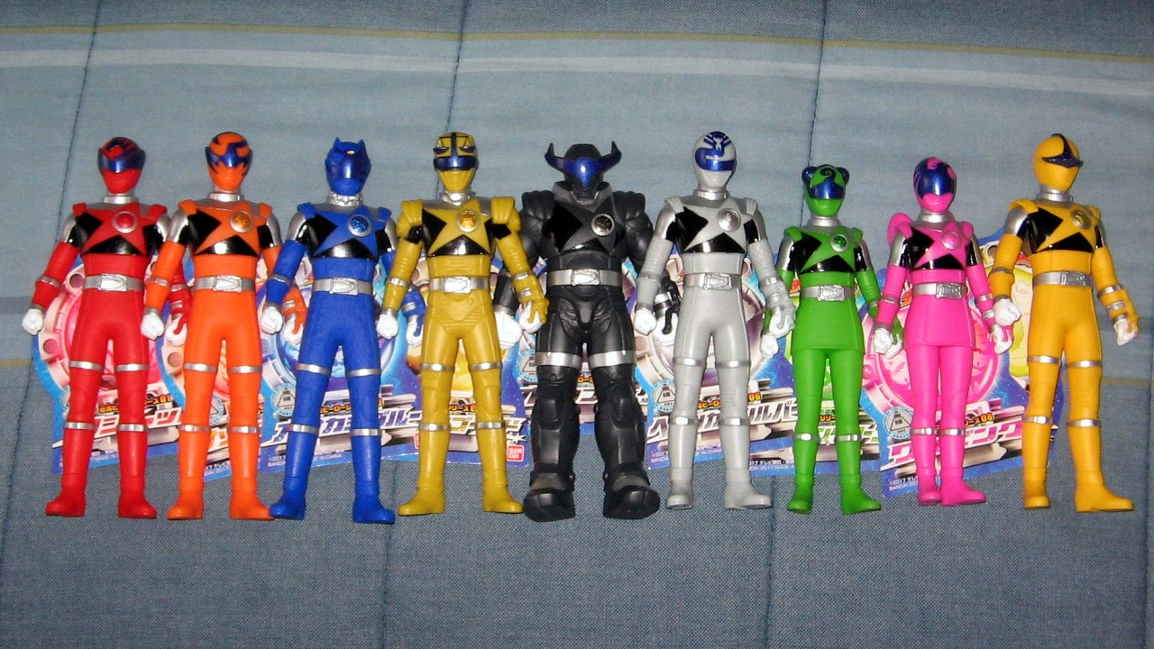 Bandai Uchu Sentai Kyuranger Hero Series 02 Scorpion Orange Soft Vinyl Figure