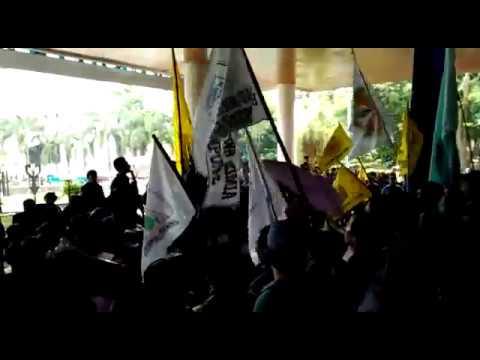 Aksi Mahasiswa Universitas Lampung Menolak UKT Diwarnai Ketegangan