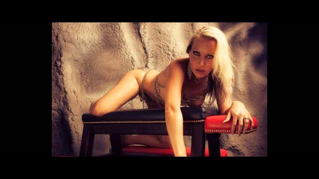 Actriz Porno Pink julia pink, despiden a maestra de escuela catolica por ser