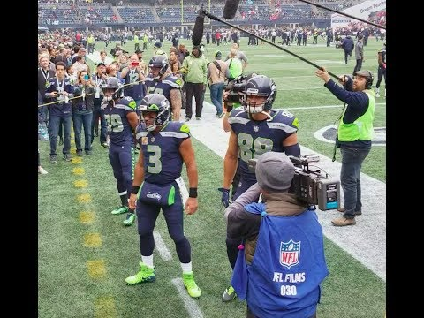 Russell Wilson, Doug Baldwin & Jimmy Graham - Pre game vs Texans