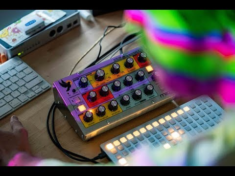 Moog Sirin   Analog Messenger of Joy