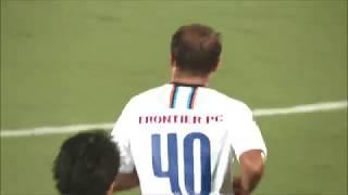 レアンドロ ドミンゲス(横浜FC)が左サイドからの折り返しを冷静に流し...