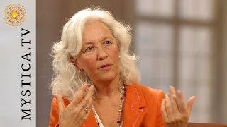 MYSTICA.TV: Christiana Mandakini Jacobsen - (1) Beziehung ist immer ein Geschenk