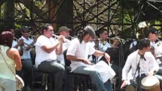 Popurri Parrandas Venezolanas con Tambores y Ensamble de Metales en Valencia
