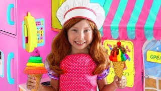 Alice Pretend Play with Toy Cafe with Kitchen Playset