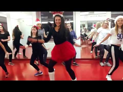 Rockin around the Christmas tree  Dance Fitness Patrycja Krawiecka