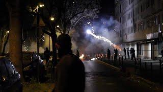 Двойной кризис в парижских пригородах