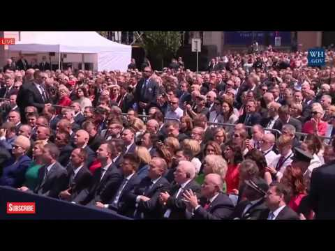 EPIC: PRESIDENT DONALD TRUMP GIVE A POWERFUL SPEECH at People of Poland GIGANTIC EVENT Melania Trump