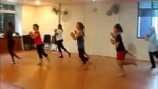 performance dance kuantan (walk like an egyptian)
