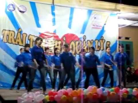 Nhảy dân vũ trống cơm