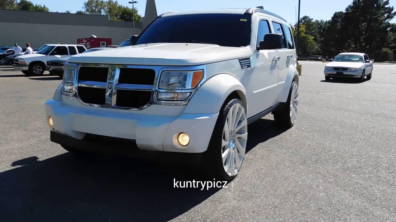 hight resolution of white dodge nitro on starr wheels