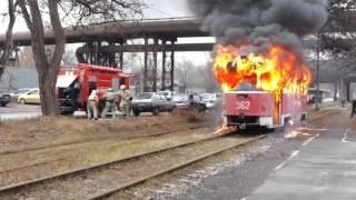 2015 11 24 Сгорел трамвай в Запорожье