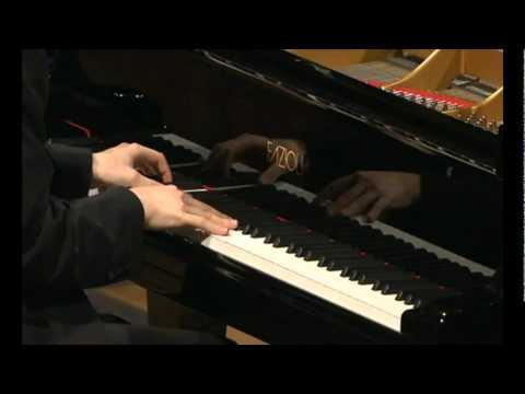 Daniil Trifonov - Chopin Sonata No. 3 h-moll op. 58