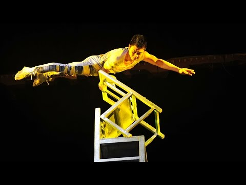 Beijing - Acrobat Show with Transfer