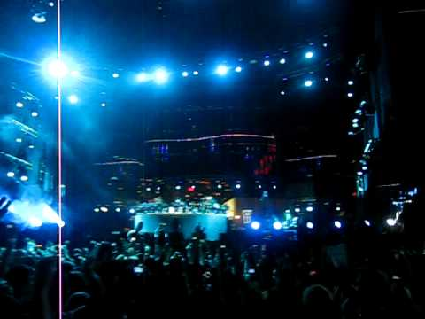 Ultra Music Festival 2010: Deadmau5 - FML