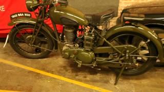 1943 bsa wm20 500cc motorcycle kick start and idle