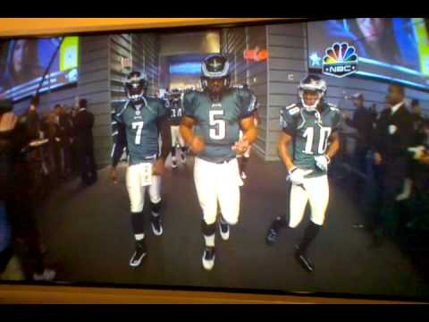 McNabb entrance to playoff game in Dallas.3gp