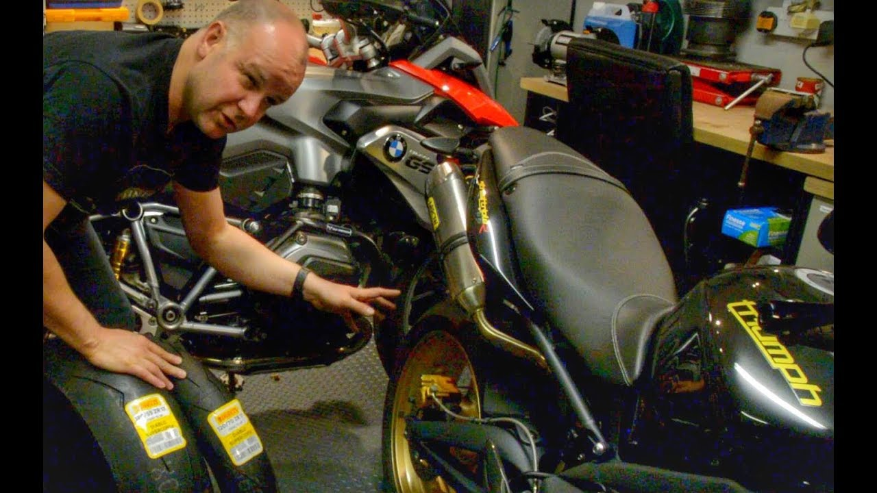 What are the best tyres for the Triumph Street Triple? - Pirelli Supercorsa  Review