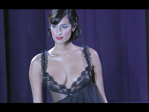 GIANNI VERSACE Full Show Spring Summer 1995 Milan by Fashion Channel