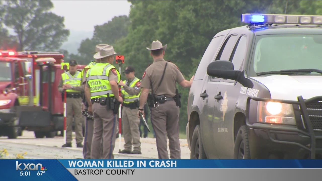 Woman killed in Hwy 290 crash near Elgin