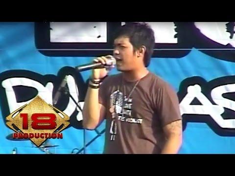 Ada Band - Karena Wanita  (Live Konser Lampung 16 Maret 2008)