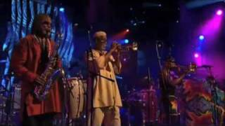 "Mandrill ""Mango Meat"" Montreux Jazz 2002"