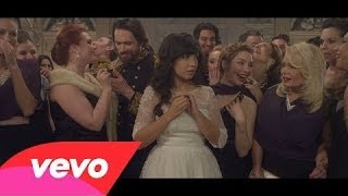 Indila - Tourner Dans Le Vide [Video Lyric]
